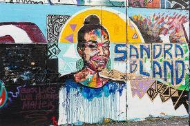 sandra-bland-mural-itok=8-Gcvc74